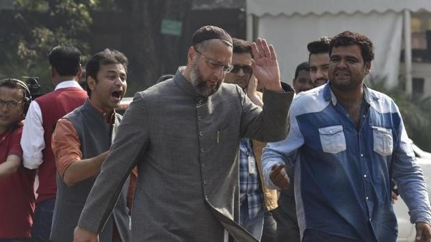 AIMIM MP Asaduddin Owaisi speaks to the media during the winter session of Parliament, in New Delhi.(Sanjeev Verma/HT PHOTO)