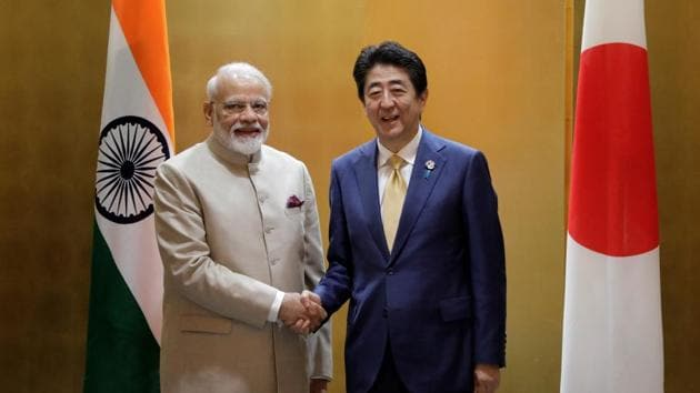 PM Narendra Modi shakes hands with Japan's Prime Minister Shinzo Abe during a bilateral meeting ahead of the Group of 20 (G-20) summit in Osaka in June 2019.(REUTERS)