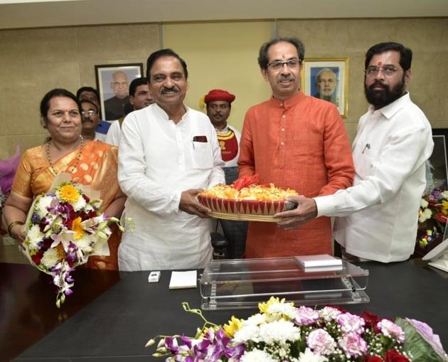 The Uddhav Thackeray-led Maharashtra Vikas Aghadi government will move the trust motion in the legislative assembly at 2 pm Saturday.(HT Photo)