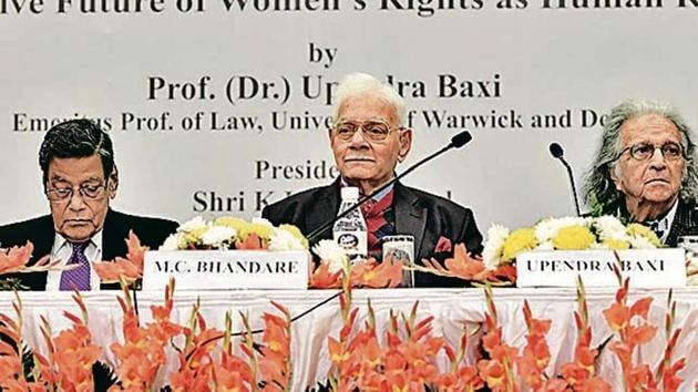 Attorney General KK Venugopal, advocate Murlidhar C Bhandare and Emeritus Prof of Law Dr Upendra Baxi at the 25th Justice Sunanda Bhandare lecture on Friday.(Raj K Raj/HT Photos)