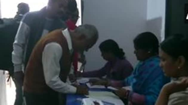 Voting underway at polling booth number 472 in Chatra in Jharkhand(ANI)