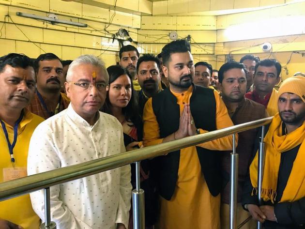 Mauritius prime minister Pravind Kumar Jugnauth at the Baglamukhi temple in Kangra on Wednesday. Baglamukhi Temple Trust chairman Rajat Giri (in black jacket) accompanied him.(HT Photo)