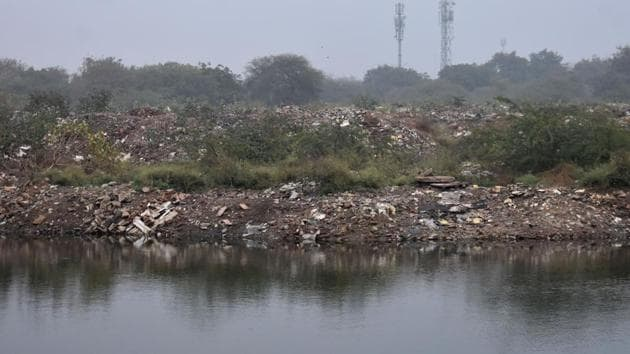 Udyog Vihar was identified as one of the major hotspots of the city in terms of pollution by the HSPCB when the report was submitted to the Supreme Court.(Yogesh Kumar / HT Photo)