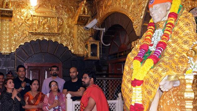 Rani Mukerji offers prayers at Sai Baba temple in Shirdi on Monday. (ANI)
