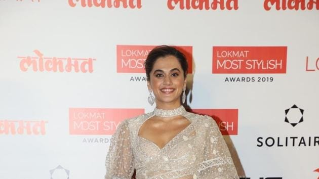 Taapsee Pannu at the Red Carpet of 4th Lokmat Most Stylish Awards in Mumbai on Dec 18.(IANS)