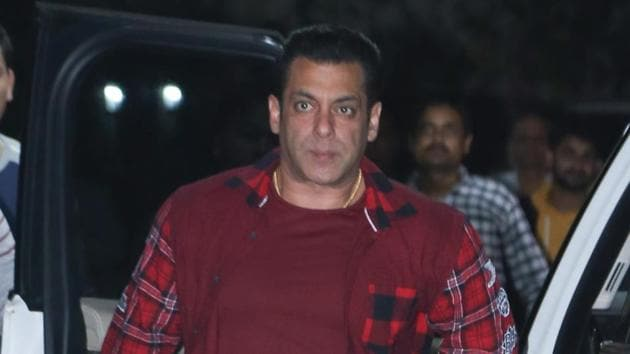 Salman Khan at Sohail Khan's birthday party.(Varinder Chawla)
