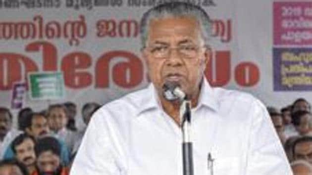 Kerala Chief Minister Pinarayi Vijayan slammed the detention of journalists in Mangaluru by Karnataka polic(PTI Photo)