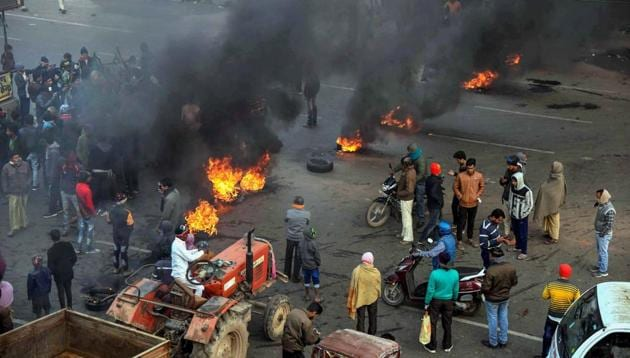 A 28-year-old man had died in Lucknow in Thursday's violence taking the death toll in the protests over the newly enacted law to 15 so far.(PTI file photo)