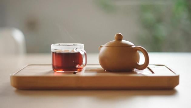 Green tea, Jaggery tea, Peppermint tea: The teas to have in winters and their health benefits.(Unsplash)