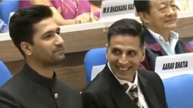 Vicky Kaushal and Akshay Kumar at the National Film Awards 2019.