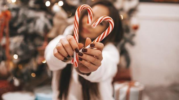 Snowmanning aside, these relationship hacks could be the treat you need this Holiday season.(Unsplash)