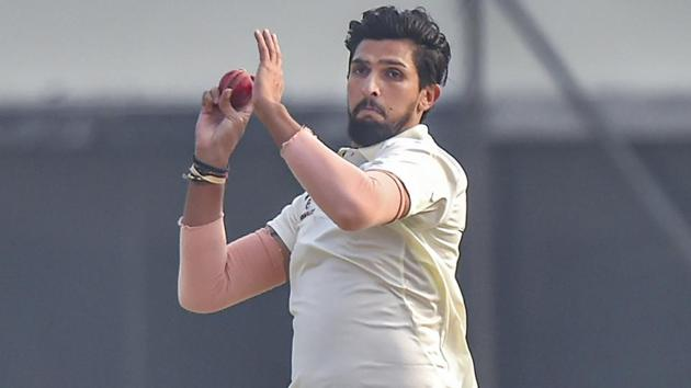 Delhi team player Ishant Sharma bowls on the second day of their Ranji Trophy cricket match.(PTI)