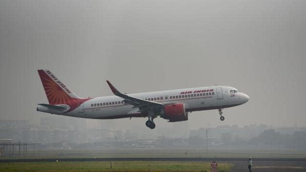 Air India employees are in the process to deciding to either take the NCLT route to recover their dues or declare a general strike to put pressure on the government from privatising the national carrier.(Satyabrata Tripathy/HT Photo)
