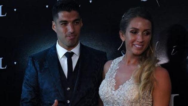 Luis Suarez with wife Sofia Balbi.(Twitter)