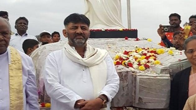 Congress leader DK Shivakumar at Haarobele village, Kanakapura taluk on Dec 25, 2019. (Photo: ANI)