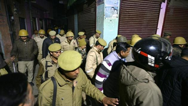 Police personnel seen patrolling in Bijnor, Uttar Pradesh, India, December 24, 2019.(Photo: Biplov Bhuyan / Hindustan Times)