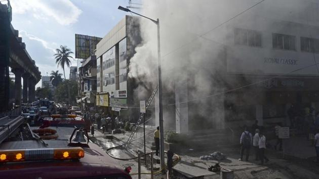 A fire broke out at the Royal Classic furniture store located on Karve road on Thursday.(Ravindra Joshi/HT PHOTO)