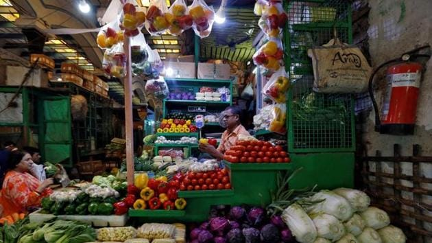 India, which till recently was hailed as the world's fastest-growing major economy, has seen growth rate decline to a six-year low of 4.5 per cent in the September quarter of 2019-20.(REUTERS)