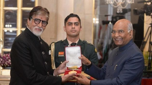 President Ram Nath Kovind presents megastar Amitabh Bachchan with Dadasaheb Phalke Award (India's highest honour given in the field of cinematic art), in a special ceremony at the Rashtrapati Bhavan in New Delhi.(IANS)