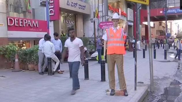 """""""The idea is not to scare anybody, the idea is to increase the compliance,"""" city police commissioner Bhaskar Rao told AFP.(Twitter/@ANI)"""