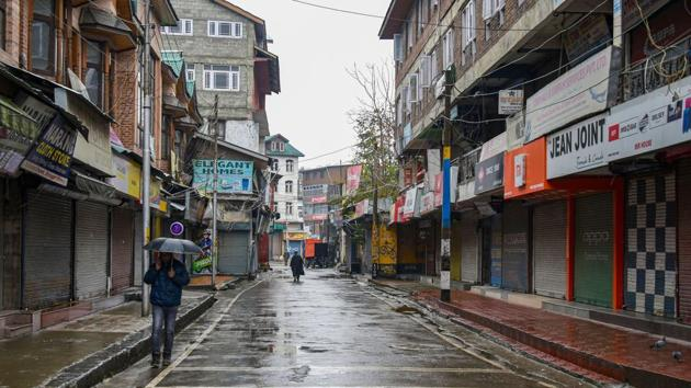 The mobiile messaging service was suspended in the Valley in August after the abrogation of Article 370 and the bifurcation of the region into two UTs.(PTI FILE)