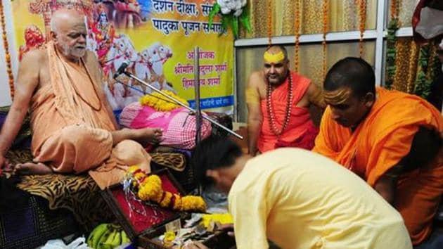 Puri Shankaracharya Swami Nischalananda Saraswati wants India to be declared a Hindu nation.(HT Photo)