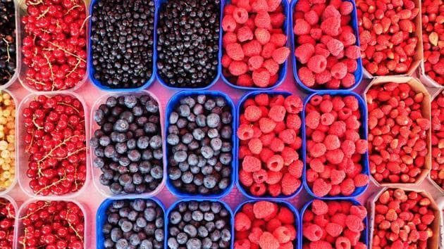 Berry juice can lower high blood pressure issues.(Unsplash)