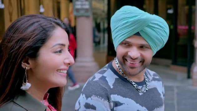Sonia Mann and Himesh Reshammiya in a still from Happy Hardy And Heer trailer.