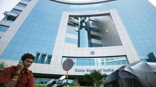Electoral bonds are issued by the State Bank of India (SBI) for amounts ranging from Rs 1000 to Rs 1 crore.(Bloomberg News)