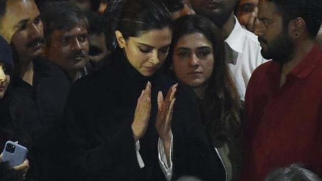 Actor Deepika Padukone is seen at a gathering in Jawaharlal Nehru University, New Delhi, January 7, 2020(Vipin Kumar /HT PHOTO)
