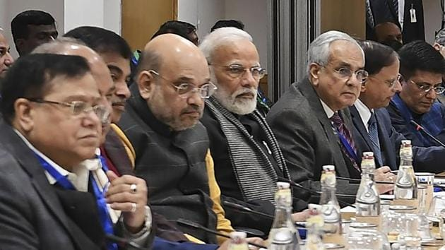 Prime Minister Narendra Modi interacts with the economists and experts in a meeting, at NITI Aayog, in New Delhi, Thursday, Jan. 9, 2020.(PTI)