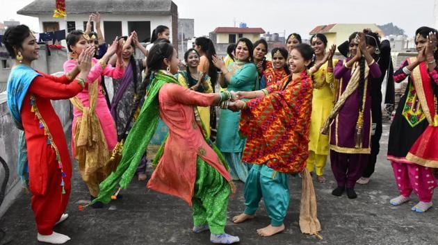 Amritsar, India – January 11, 2020: Students in traditional attire during a celebration ahead of Lohri festival in Amritsar, Punjab, India on Saturday, January 11, 2020.(Sameer Sehgal/Hindustan Times)