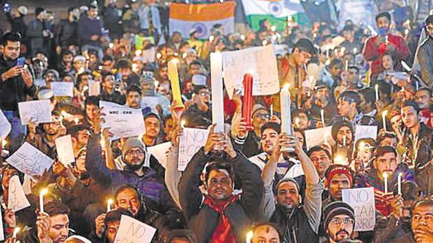 India's young have been at the vanguard of all the movements that have protected and replenished our democracy.(Burhaan Kinu/HT PHOTO)