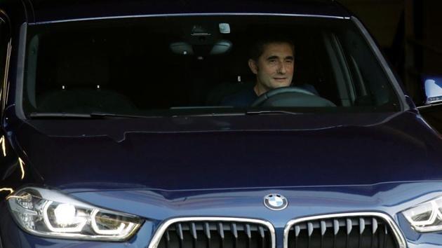FC Barcelona's coach Ernesto Valverde leaves Joan Gamper training camp.(REUTERS)