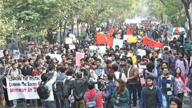 Securing an agreement with students is both the government's responsibility and the necessity of our times(Samir Jana / Hindustan Times)