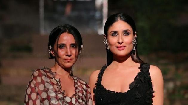 Anamika Khanna with Kareena Kapoor Khan during the Lakme Fashion Week Grand Finale 2018.(Anamika Khanna Facebook)