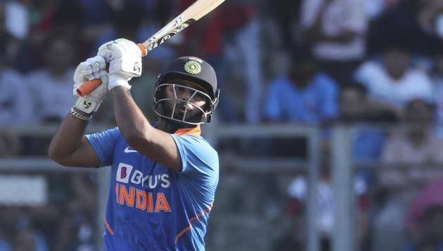 India's Rishabh Pant bats during the first one-day international cricket match between India and Australia in Mumbai, India, Tuesday, Jan. 14, 2020.(AP Photo/Rafiq Maqbool)(AP)