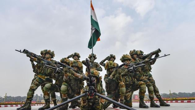 Soldiers during a rehearsal ahead of Army Day celebrations.(PTI Photo)