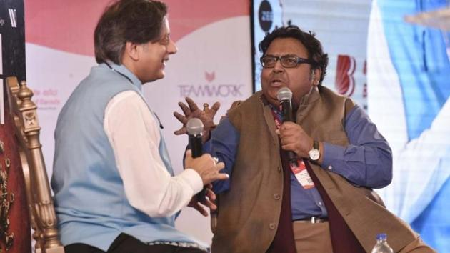 Ashwin Sanghi in conversation with Shashi Tharoor during the Jaipur Literature Festival 2018.(Raj K Raj/HT PHOTO)