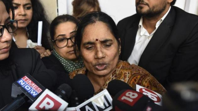 The 23-year-old woman's mother broke down on Friday after the court set the new date for hanging the four convicts.(Sonu Mehta/HT Photo)
