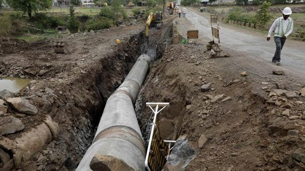 Water pipeline at Bhama Askhed dam near Khed.(HT/PHOTO)