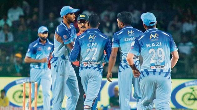 Investigators in the Karnataka Premier League anti-corruption probe say players are often vulnerable to being blackmailed or lured with the offer of huge sums of money(KPL)