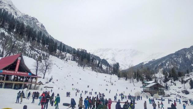 Manali, Shimla, Kufri, Narkanda: Himachal Pradesh's popular tourist destinations...