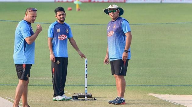 Bangladesh cricket team captain Mominul Haque, head coach Russell Domingo.(PTI)
