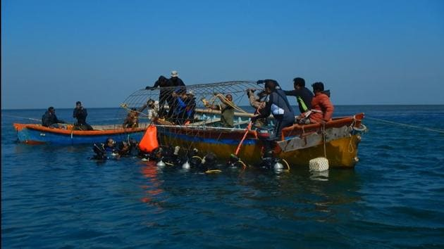 Marine scientists from the Zoological Survey of India (ZSI) have installed the country's first solar-powered Biorock in the Gulf of Kutch off the Gujarat coast to regenerate endangered corals.(Sourced)