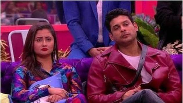 Bigg Boss 13: Saturday's episode does not look good for Rashami as Sidharth Shukla calls her chor and Salman Khan tells her that she got less votes than Vishal Aditya Singh.