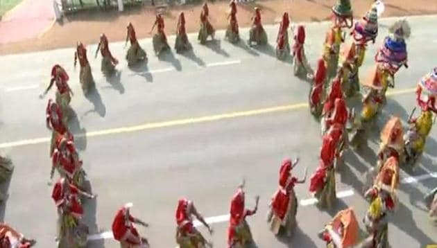 School children performing Garba- a traditional Indian dance form at the 71st Republic Day parade.(ANI)