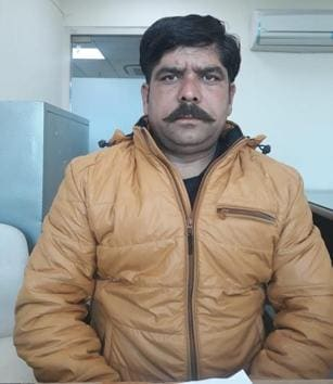 Rakesh Sharma, a commission agent from Pathankot, says he will be able to give his two children a better education with the prize money. He also hopes to settle down well in life now.(HT Photo)