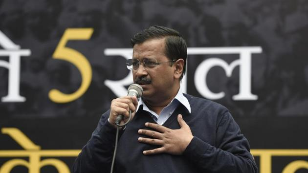 Delhi Chief Minister Arvind Kejriwal addresses the media during a press conference at party office, in New Delhi.(Burhaan Kinu/HT PHOTO)