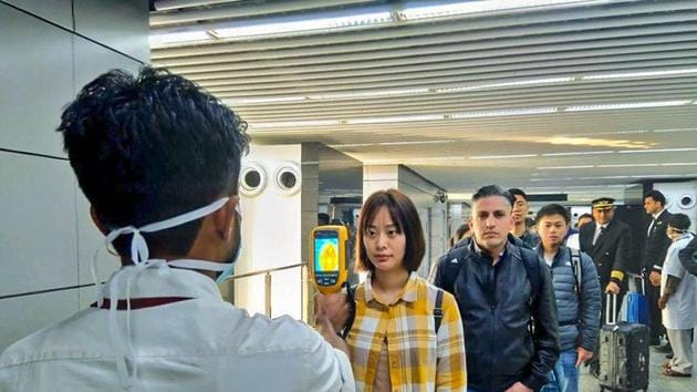 A thermal screeening device checks passengers arriving in India fromChina including Hong Kongin view of outbreak of Novel coronavirus (CoV) in China at an airport in Kolkata on January 21.(PTI file photo)